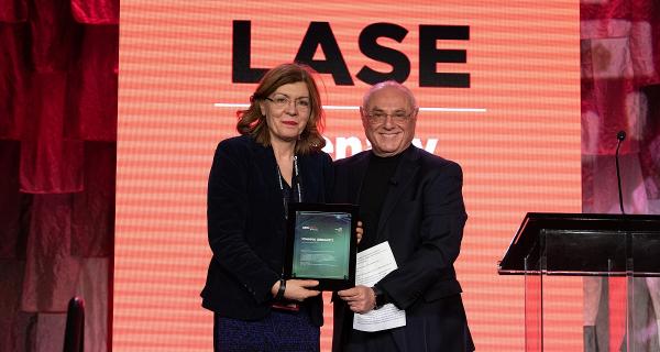 """Απονομή του βραβείου """"SPIE 3D Printing Award"""" στη καθηγήτρια της ΣΕΜΦΕ κ. Ι. Ζεργιώτη"""